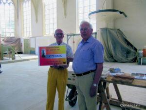 Veilingcommissie schenkt kerk 75.000 euro